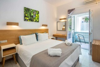 accommodatio hotel nefeli double bed