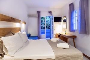 accommodation nefeli hotel room